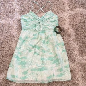 Shoshanna Dresses - Chiffon SHOSHANNA twist top dress, size 8
